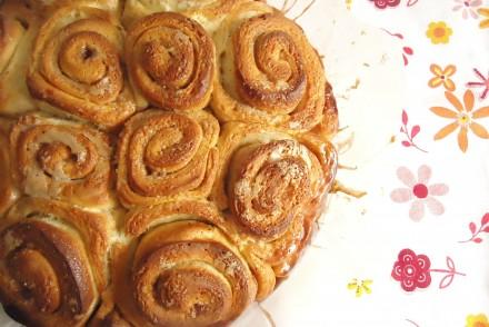 cinnamon-rolls-001