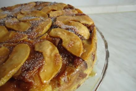 gc3a2teau-de-crc3a8pes-aux-pommes-et-caramel-035